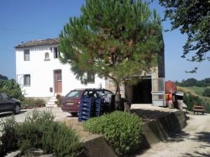 casolare re sole huis voorkant 300x225 huis kopen in Italïe