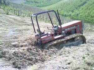 tractor in de shit 300x225 Moestuin (orto)