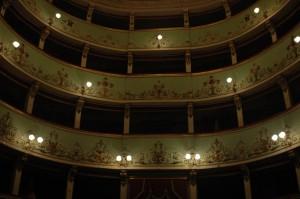 teatro in offida 02 300x199 Uitstapje in de provincie Ascoli Piceno